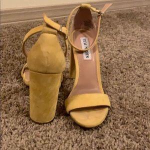 Mustard yellow Steve Madden block heels Size 6